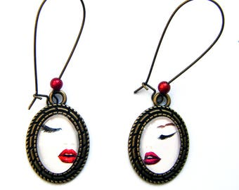 """Earrings """"Mouth"""" Oval cabochons"""
