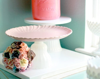 Cake Stand in Pastel Coral Peach or Salmon Pink / Cake Plate Pedestal for Beach Weddings or Summer Weddings / Cupcake Stand