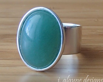 Green Aventurine Ring. Adjustable Ring. Green Ring. Cabochon Ring. Lucky Ring. Silver Band Ring