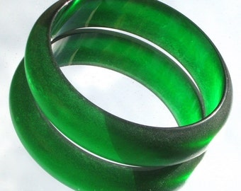 Lucite Bracelet Vintage Sea Glass Green Style Bangle Tumbled Wide Chunky Bold Statement Modernist Unique Translucent Hollywood Mid Century