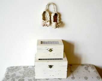 Vintage collection, Aromatic or DecorativeTrinket Wood Box, Shabby Chic, Old fashioned, Rustic