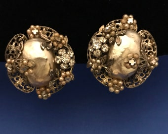 Vintage Clip-On Floral Earrings