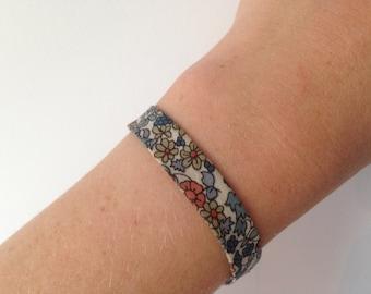 Flowers fabric bracelet