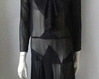 Black dress from the 20s