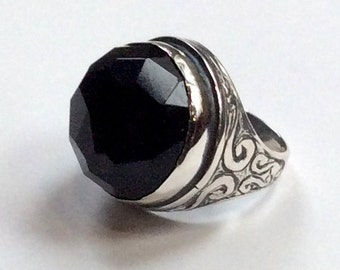 Onyx ring, Statement ring, Round silver Ring, sterling silver ring, large black gemstone ring, oxidized ring - A dream on our way  R2197-1