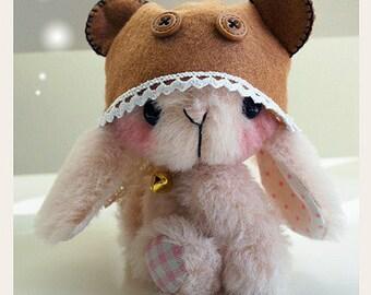 Japanese anime rabbit epattern by Jenny Lee of jennylovesbenny artist bears