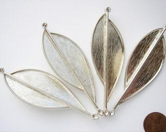 4 Vintage Silver tone Modern art brooches HC072 .