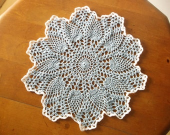 Crochet Doily in Blue and White, Round Doily, Doily, Blue Doily, Pineapple Doily