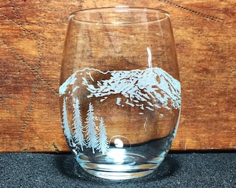 Mount St. Helens Hand-Engraved Stemless Wine Glass - Free Personalization