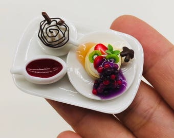 Miniature Pancake with sauce and Beverage  1:12 for Doll's house collection