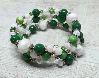 Green and White Memory Wire Bracelet,  Green and White College Colors, Green and White University Colors, School Colors, Team Colors,