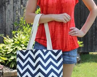 LARGE Navy blue and white CHEVRON stripe zigzag Handbag/ Diaper Bag/ Purse/ Tote/ Beach Bag