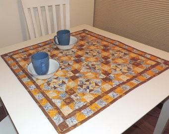 Quilted Modern Two Block Table Topper - pattern #536
