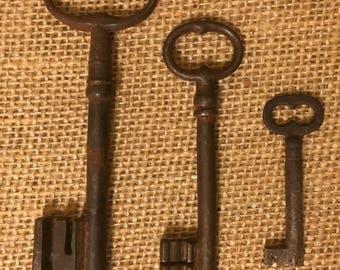 Set of Three Rusty Antique Skeleton Keys from France