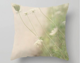Queen Annes Lace Throw Pillow - Photography Pillow - Nature Pillow - Nature Decor - Summer Pillow
