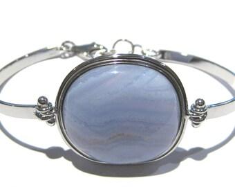 Chalcedony bracelet silver 925%