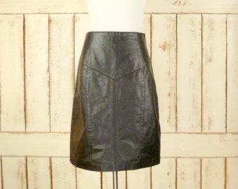 80s vintage black leather fitted high waisted knee length skirt/leather pencil skirt/small/medium