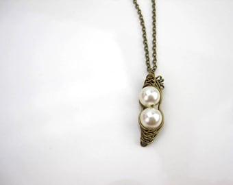 Peapod, Antique brass Peas in a Pod necklace, Antique brass chain, Valentine's Day, Birthday Gift, Friendship