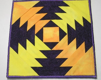 Yellow and purple plate mat
