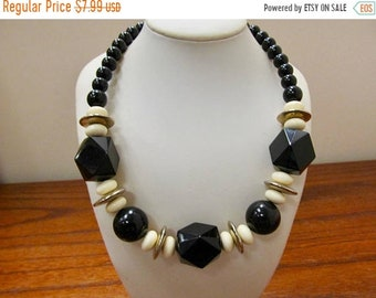 On Sale Vintage Chunky Black and White Plastic Beaded Necklace Item K # 142