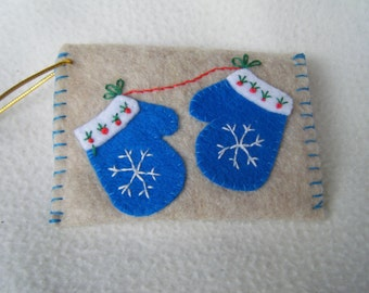 Beige Felt Blue Mitten Envelope Style Ornament/Gift Card Holder