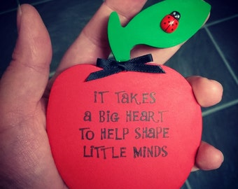 Freestanding apple teacher gift