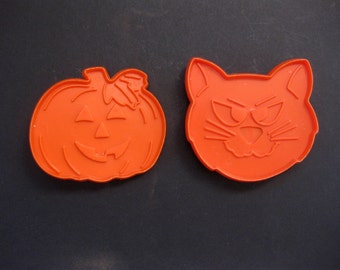 Vintage Cat and Pumpkin Cookie Cutters, Halloween Cookies, Autumn, Orange