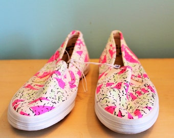 NOS Vintage Florescent Print Tennis Casual shoes 90's 8.5 US New old stock/dead stock