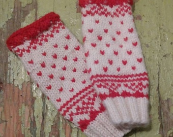 PDF Pattern Wrist warmers with thumb hole