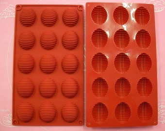 Mold silicone 15 cookies / Easter eggs 30 X 17 cm