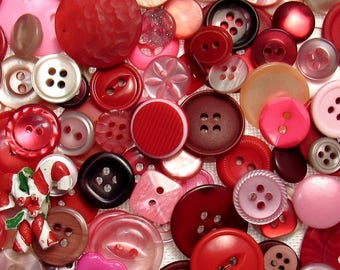 The Red & Pink Button Assortment: A Variety Mix of 150 Vintage to Contemporary Buttons