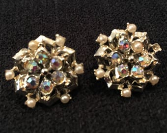 Vintage Goldtone Rhinestone and Faux Pearl Clip-On Earrings