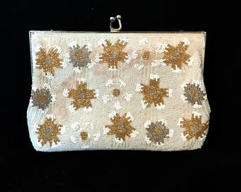 Vintage Beaded Bridal Purse Vintage White Glass Beaded Handbag Small Beaded Evening Bag Handmade Wedding Accessory White Beaded Clutch