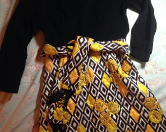 Vintage MAXI DRESS Black, Yellow White Quilted Long Hostess Diamond Floral Hollywood Regency Size 12