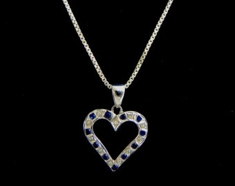 Womens Vintage Estate .925 Sterling Silver Necklace With Heart Pendant 4.1g E1433