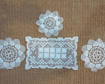 4 Vintage Crochet Doilies Shabby Chic Home Decor Rectangle Lot (#1129)