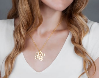 Gold Flower Necklace, Filigree Jewelry, Gold Necklace, Lace Flower Pendent, Bridesmaid Necklace, Gold Bridal Jewelry, Everyday Necklace