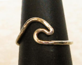 Silver Tone Swirl Stack Ring   Size 5
