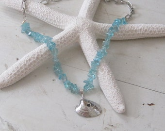 Vintage Silver Seashell and Apatite Necklace