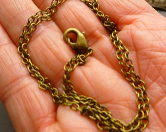 Antique Bronze Chain oval links with lobster clasp - 19 inches long -  CH055