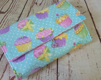 Travel Changing Pad Clutch Makes a Great Baby Shower Gift sparkly cupcakes