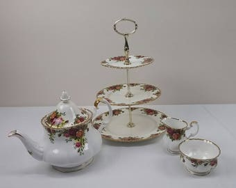 Vintage Royal Albert Old Country Roses Tea set 4 Piece Bone China England