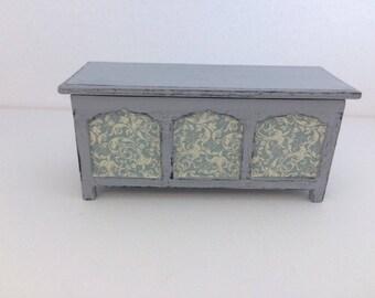 Doll house furniture , miniature furniture , 12th scale doll house furniture , blanket box