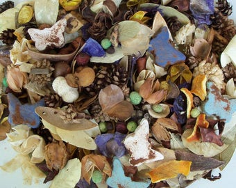 Country Meadows Potpourri, Rustic, Spring Potpourri, Butterflies, Summer Decor, Botanicals, Room Scent, Home Decor, Refresher Oil Included
