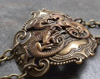 Ready to Ship Fashion Gift Renaissance Jewelry Dragon Bracelet Brass Cuff