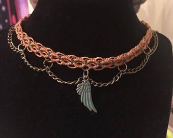 Angel wing Choker / macrame