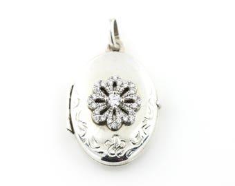 Pretty Vintage Silver Locket with Flower Motif