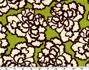 31 Inches, Large Flowers on Green Brother Sister Studio B34-BT-P14G