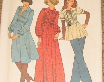 Midi or Maxi Dress or Top with Tucks and Gathered Sleeves 1970s Vintage Sewing Pattern SIMPLICITY 7191