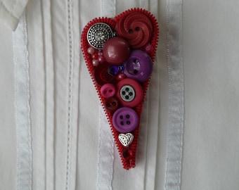 Button Heart Pin, Red - Zipper